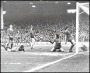 Image of : Photograph - Duncan McKenzie scoring